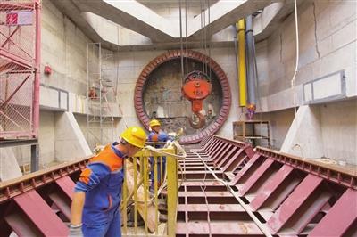 中俄东线天然气管道长江第一长隧盾构供电设施投运