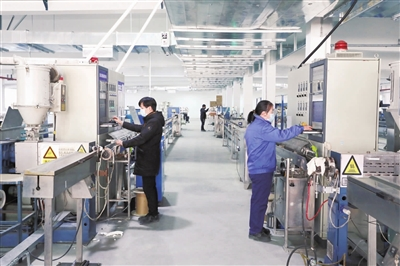 裕隆光电新自动化生产线投产