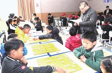 市中小学象棋俱乐部联赛在海南小学举行